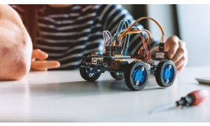A Complete Guide On Building Your Skills In Robotics